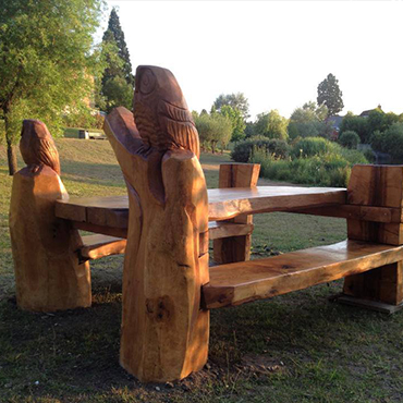 Owl Picnic Table